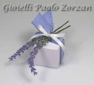 Bomboniera porta confetti scatolina in cartoncino e fiori Ref. LV/02-0